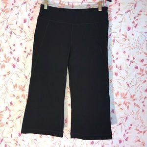 Tek Gear Shape Workout Black Capri Pants - Medium